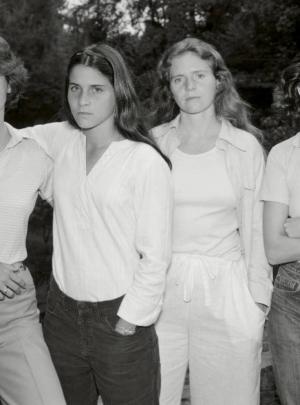 Las Hermanas Brown (fotolibro), Nicholas Nixon