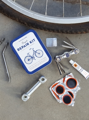 BICYCLE REPAIR KIT – 15€